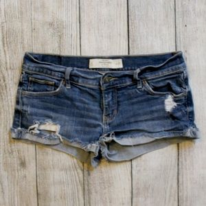 Abercrombie & Fitch Distressed Denim Shorts 4 27in